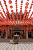 在天狮后屿寺庙的红色灯笼在吉隆坡 库存图片