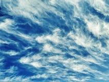 在天空的不可思议的云彩 库存图片