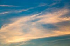 在天空的云彩在作为背景的日落 库存图片