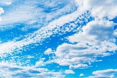 在天空的令人惊讶的cloudscape 库存照片