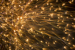 在天空的大烟花爆炸 免版税库存照片