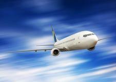 在天空的大飞机 免版税库存图片