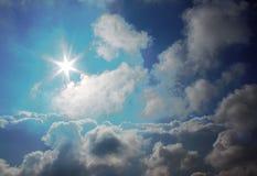 在天空的太阳 图库摄影