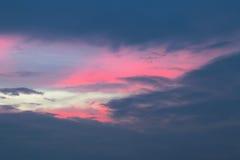 在天空的日落 免版税库存照片