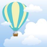 在天空的气球与云彩风景 库存图片