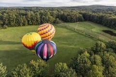 在天空的热空气气球 免版税库存照片