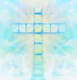 在天空的玻璃十字架 图库摄影