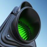 在天空的绿色街道红绿灯 3d例证 免版税图库摄影
