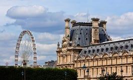 在天窗的Tuileries庭院的轮子,巴黎 免版税库存图片