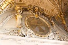 在天窗里面,巴黎 库存图片