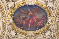 在天窗里面,巴黎 免版税图库摄影