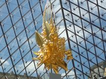 在天窗,巴黎的美好的设计 免版税库存照片