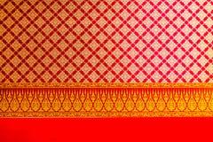 在天花板的泰国花绘和样式 免版税图库摄影