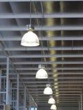 在天花板的灯。 免版税图库摄影