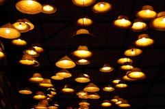 在天花板的葡萄酒灯,装饰在家 免版税图库摄影