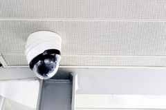 在天花板的CCTV照相机 图库摄影