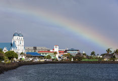 在太平洋的彩虹 免版税库存图片