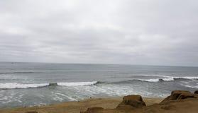 在太平洋的阴暗天 免版税库存照片