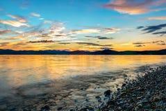 在太平洋- HDR的美好的日落 免版税库存照片