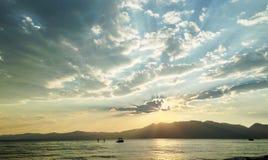 在太浩湖的日落 图库摄影