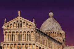 在奇迹广场的日落在比萨,意大利 图库摄影