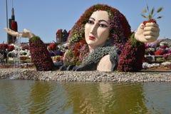 在奇迹庭院,迪拜的一个喷泉 库存图片