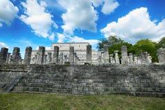 在奇琴伊察的米尔Columnas废墟 免版税库存图片