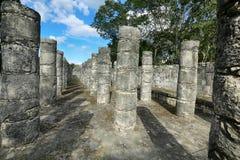 在奇琴伊察的米尔Columnas废墟 库存照片