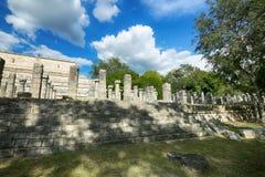 在奇琴伊察的米尔Columnas废墟 库存图片