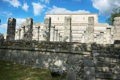 在奇琴伊察的米尔Columnas废墟 免版税库存照片