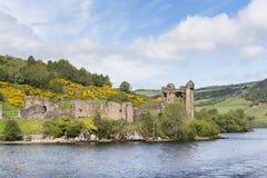 在奈斯湖的Urquhart城堡在苏格兰 图库摄影