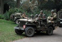 在奈梅亨桥梁附近的美国战士 图库摄影