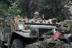 在奈梅亨桥梁附近的美国战士 免版税库存照片