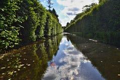 在奥利瓦公园浇灌运河在格但斯克-但泽 图库摄影