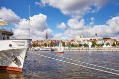 在奥得河的船在高船的决赛期间赛跑2017年 库存照片