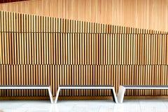 在奥斯陆歌剧院,挪威里面的长凳 图库摄影