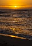 在奥阿胡岛北部岸的日落  库存图片