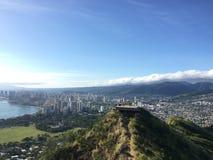 在奥阿胡岛夏威夷的钻石头山火山口 库存图片