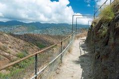 在奥阿胡岛Ha的金刚石顶头状态纪念碑公园足迹关闭檀香山 免版税库存图片