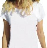 在女孩的一件空的白色T恤杉 免版税库存图片