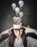 在她的头脑外面的许多想法 免版税库存图片