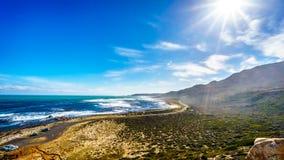在好望角的大西洋边的海岸 免版税图库摄影