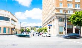 在好莱坞大道的晴天 免版税库存图片