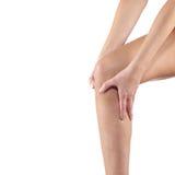 在妇女膝盖的痛苦 库存图片