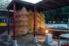 在妈阁庙,澳门的巨大的螺旋香火 库存图片