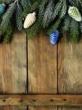 在委员会的圣诞节装饰 免版税库存照片