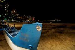 在威基基海滩的Zane Keali'i独木舟 免版税库存照片