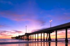 在威尼斯海滩加利福尼亚的壮观的日落 免版税库存图片
