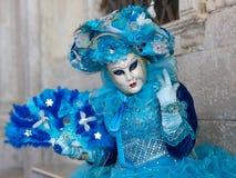 在威尼斯狂欢节的服装 免版税图库摄影
