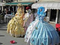 在威尼斯, 13,服装和面具的狂欢节 免版税库存照片